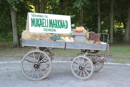 Welcome to the Mikaeli Market, it is a harvest market.