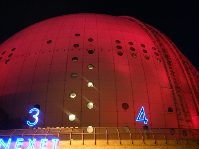 "Globen ""The globe"" by night"