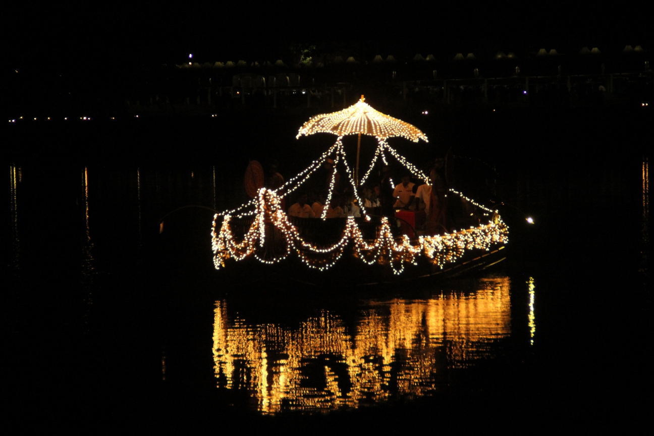 Boat of lights